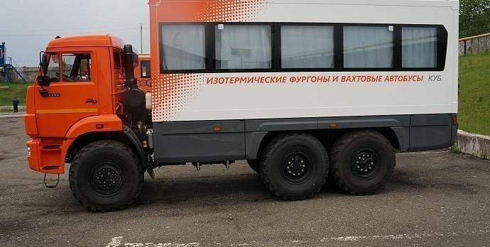 Фото №1:НЕФАЗ-4208-111-13 Вахтовый автобус